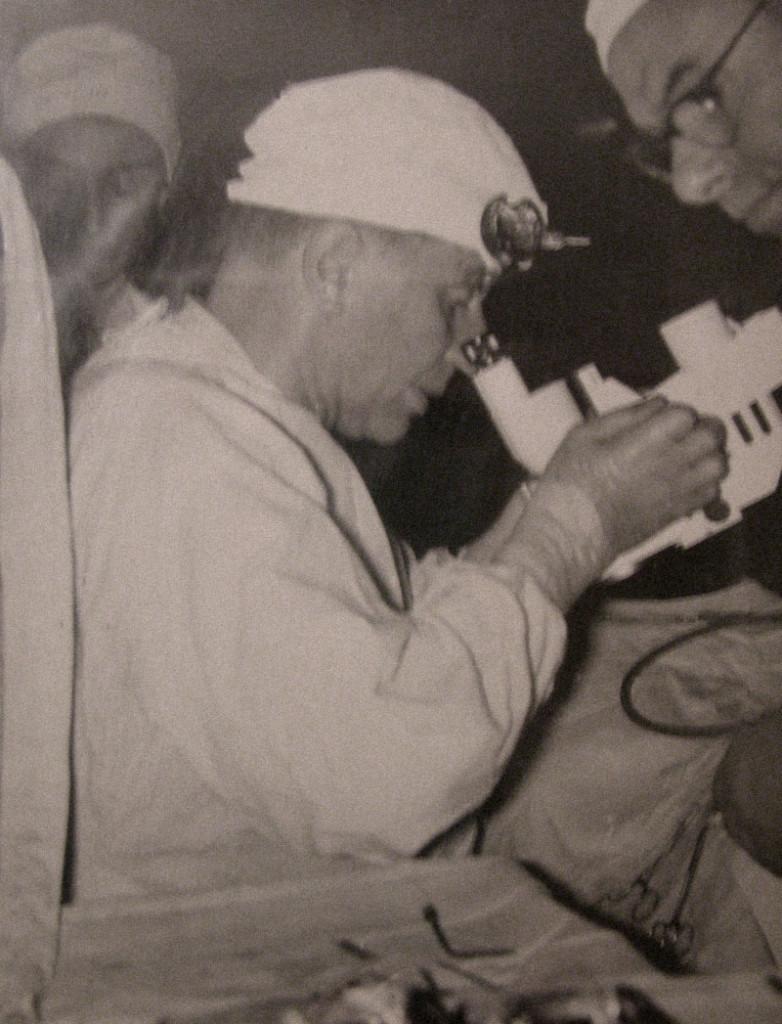 Prof. Jan Miodoński, jeden znajwybitniejszych polskich laryngologów.